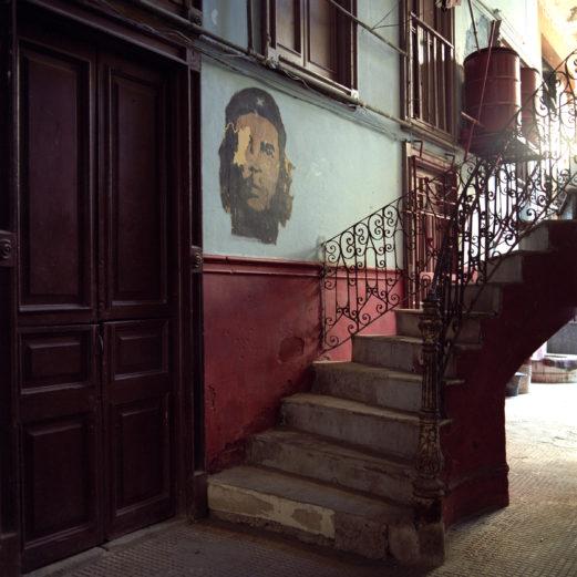Che Staircase